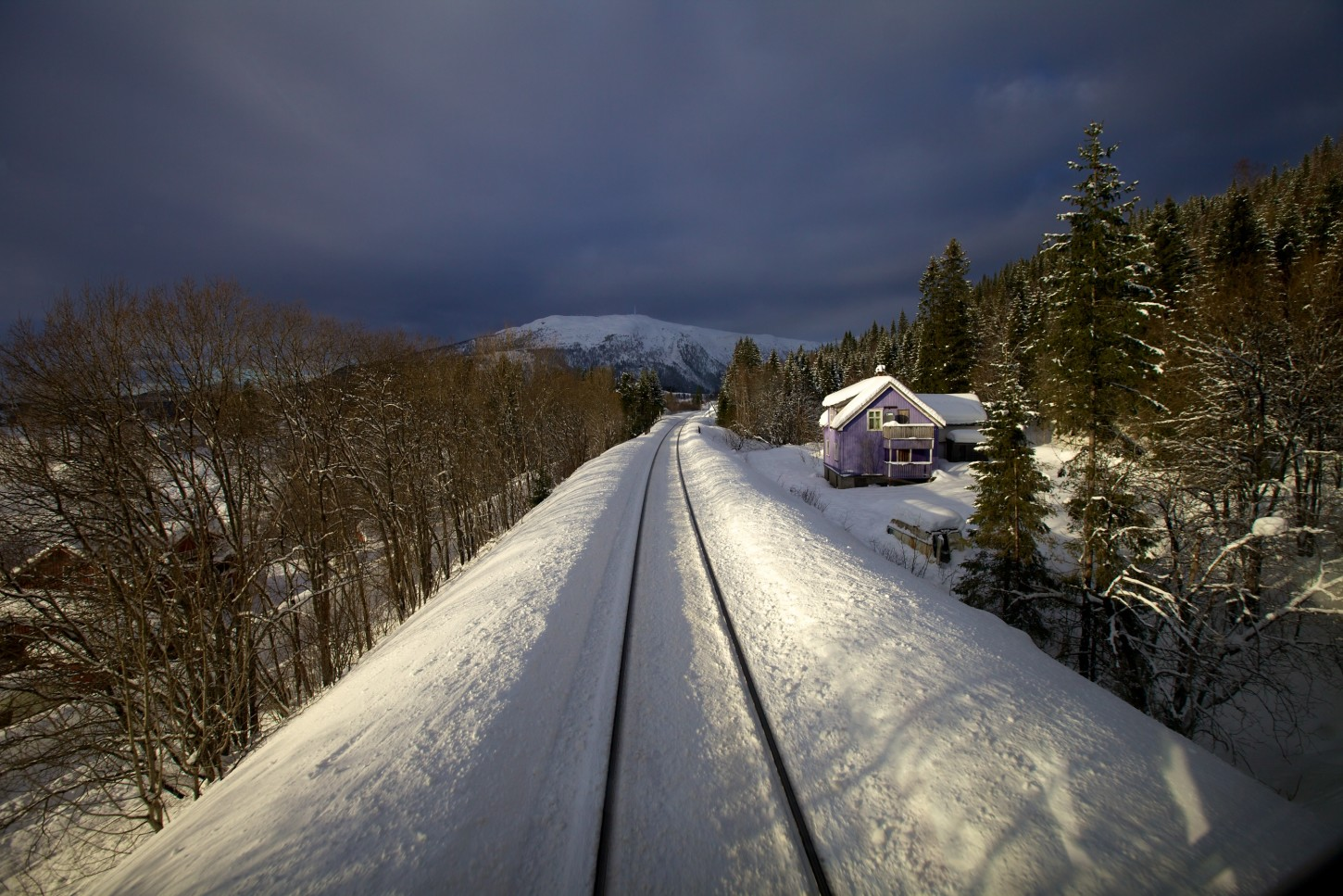 Train Journey to the Norwegian Arctic Circle, WINTER – curated by Phil Elverum (Mount Eerie)